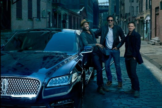 Lincoln Hired Annie Leibovitz for New Continental Advt. Shoot